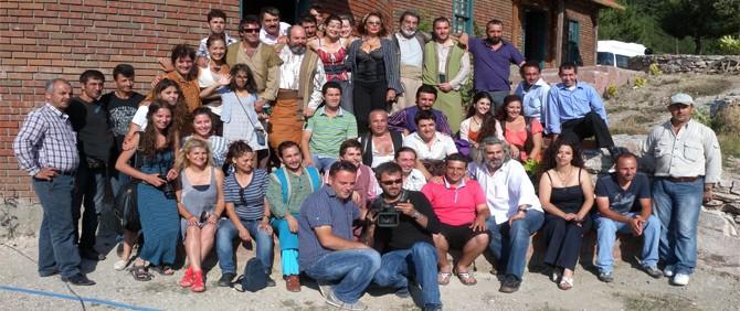 Kukuriku: Kadın Krallığı'nın İlk Basın Toplantısı Sette Yapıldı
