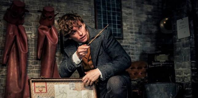 Fantastic Beasts'ten Gelen Yeni Görselde Genç Dumbledore Yer Alıyor