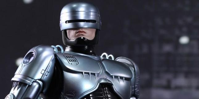 Neill Blomkamp RoboCop'un Devam Filmini Çekecek