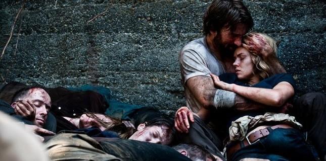Open Grave Filminin Fragmanı Yayınlandı!