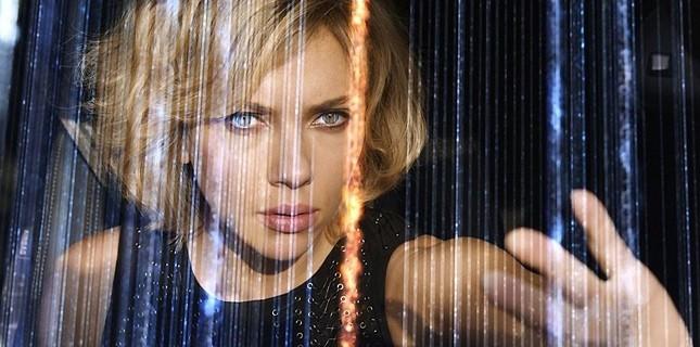 Scarlett Johansson'ın Yeni Filmi Lucy'den Çok Özel Sahne