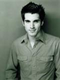 Adrian Armas profil resmi