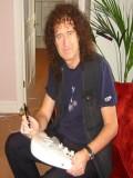 Brian May profil resmi
