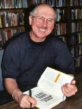 David Morrell profil resmi