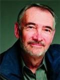 Michael G. Wilson profil resmi