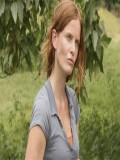 Rebecca Mader profil resmi