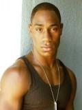 Romeo Brown profil resmi