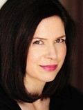 Amy Farrington profil resmi