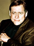 Earl Hindman profil resmi