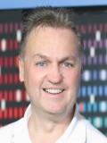 J. Paul Moore profil resmi