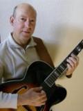 John Lumia profil resmi
