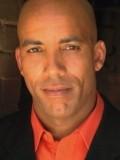 Jonathan Julian profil resmi