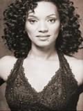 Karen Holness profil resmi
