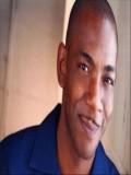 Laurence Mason profil resmi