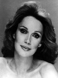Mary Ann Mobley profil resmi