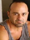 Perry Anzilotti profil resmi