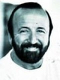 Terence McGovern profil resmi