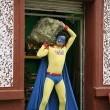El Man, El Superhéroe Nacional Resimleri