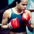 Kız Dövüşü Resimleri