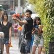 Bangkok Trafiğinde Aşk Resimleri