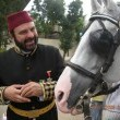 Sultan Avrupa'da Resimleri